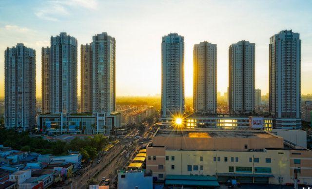 Siết chặt tín dụng cho bất động sản cao cấp – Phương án giải quyết nào cho doanh nghiệp ?