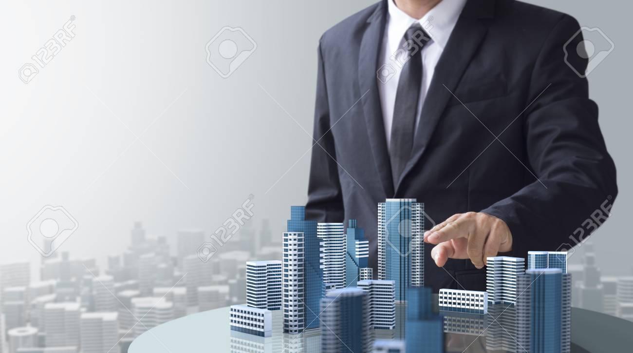 Doanh nghiệp quản lý vận hành chọn phần mềm quản lý tòa nhà phù hợp dựa theo tiêu chí nào ?